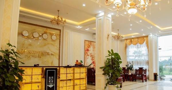 Khu vực sảnh nhà hàng rộng rãi tại khách sạn Cô Tô Golden
