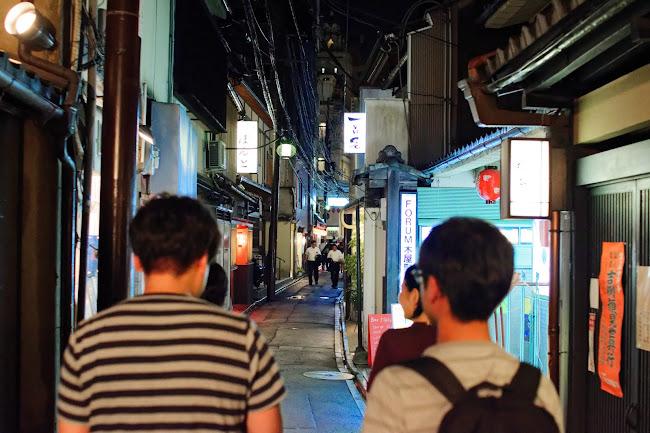 先斗町も京都らしさ満点で楽しい