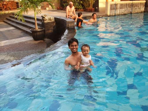 Hotel Pandanaran: Kolam kecil yang bersih, tenang, dan menyenangkan