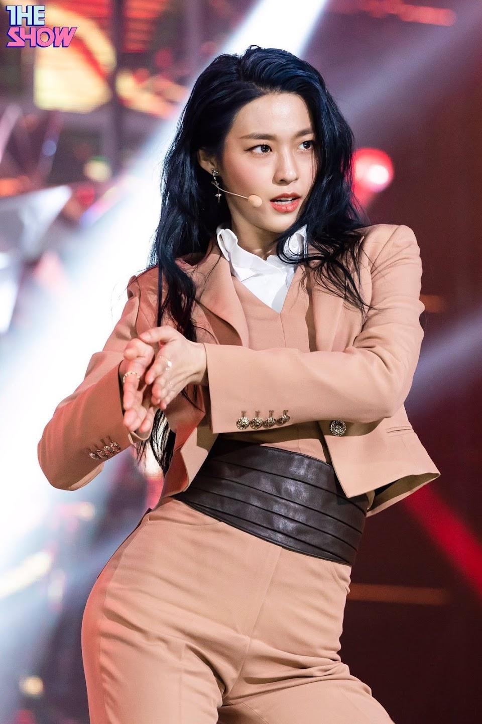 seolhyun blue4