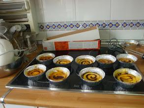 Photo: Las cremas catalanas, cada una se quemó la suya y se las llevaron a su casa...aquí también las probamos. Deliciosas.