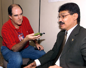 Photo: Interviewing the late great Alexis Arguello in 2005