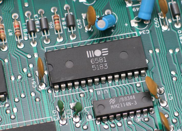PCB layout tips