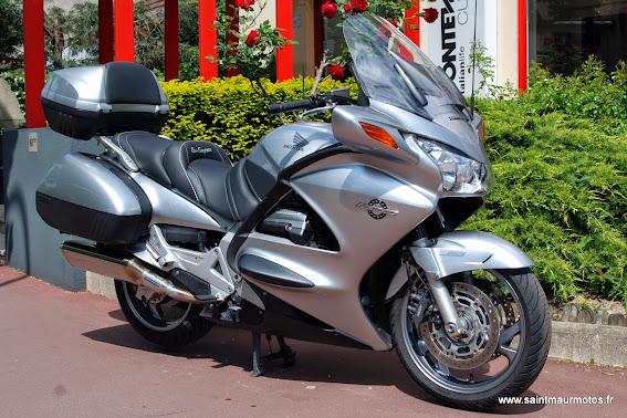 2007 saint maur motos. Black Bedroom Furniture Sets. Home Design Ideas