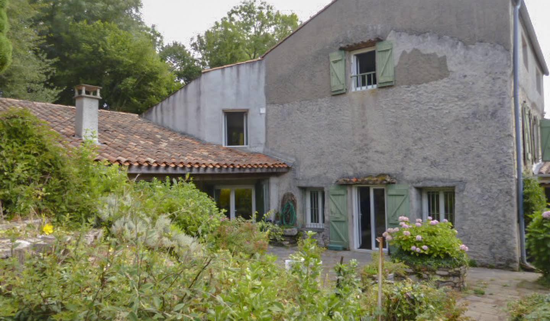 Maison avec jardin et terrasse Lacombe