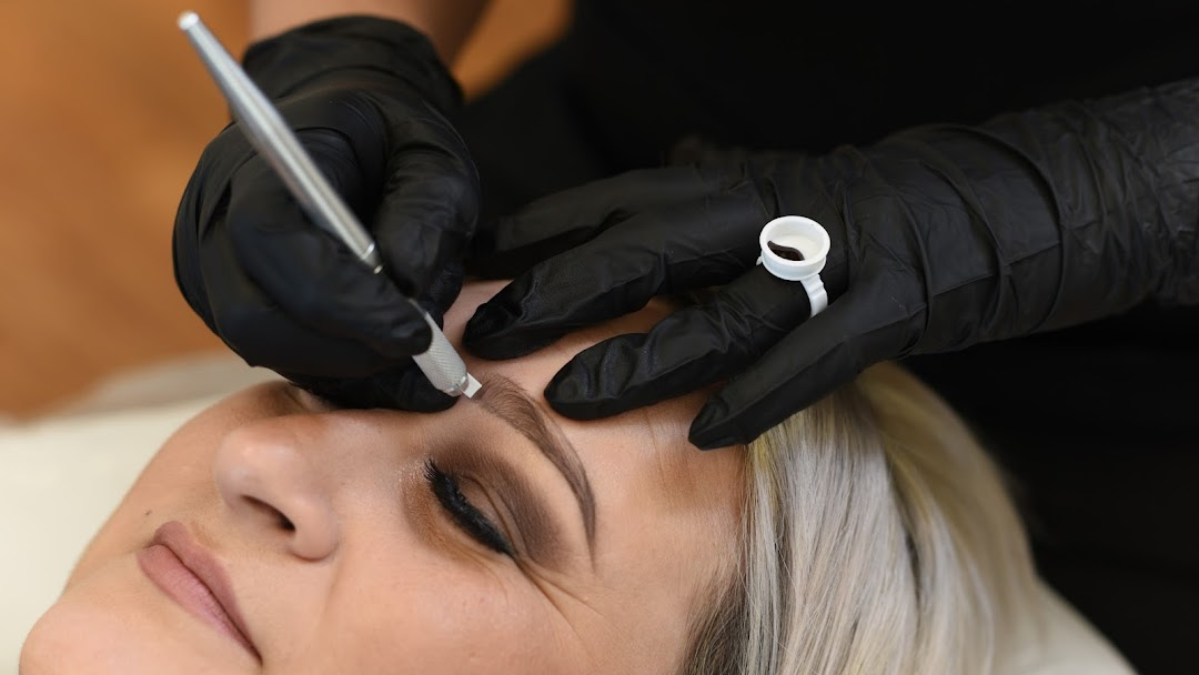 EYEBROW DESIGN SEMI-PERMANENT MAKEUP - Permanent Make-Up Clinic in