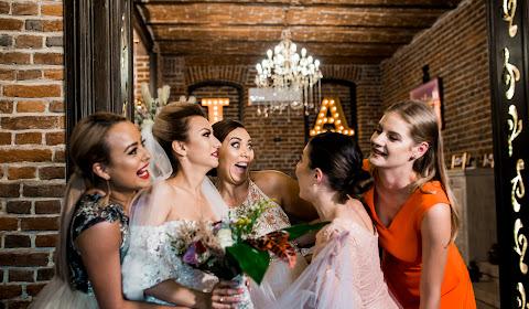 Fotograful de nuntă Craiova (belega). Fotografie la: 09.12.2018