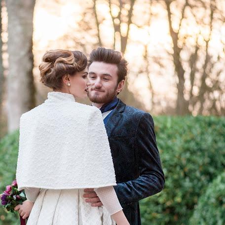 Wedding photographer Elena Zholan (LABelleFrance). Photo of 08.01.2018