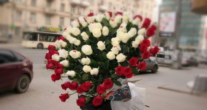 Уникальные композиции цветов – лучший подарок с любовью