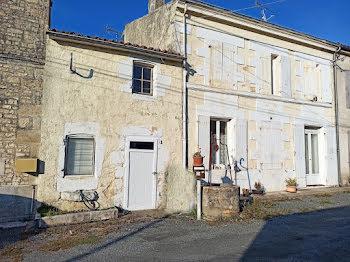 maison à Saint-Georges-du-Bois (17)