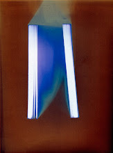 Photo: © Olivier Perrot Photogram Photogramme coul lecture 2000 40x54cm Ref : livre0096
