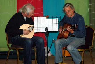 Photo: Vince Ash and Dave Aragon providing string accompaniment to the Saturday Coffee Shop & Market.© Owain Jones 2008