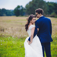 Wedding photographer Oksana Naumchuk (Naumchuk). Photo of 11.09.2015