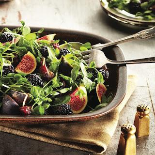 Fresh Fig Salad With Blackberries.