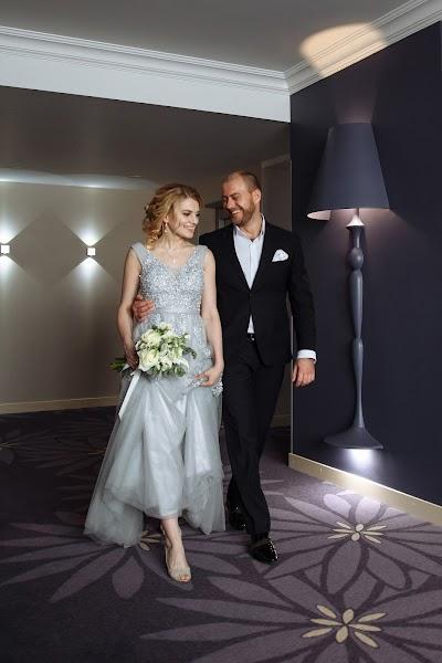 Wedding photographer Evgeniya Antonova (antonova). Photo of 26.03.2019