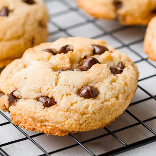 Chocolate Chip Cookies {Super Low Carb, Keto, Paleo}.