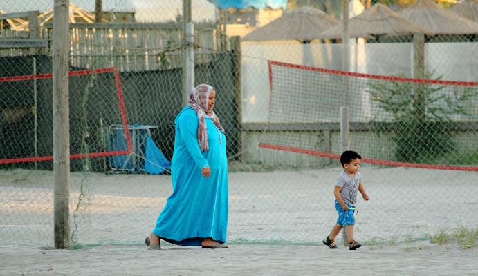 Muslims on the beach ! di ottavioart