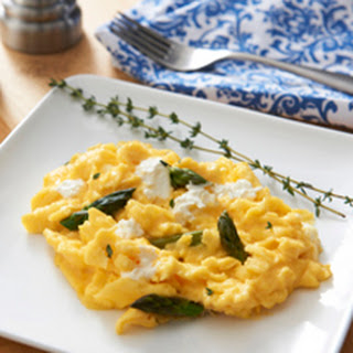 Fluffy Scrambled Eggs-French Style