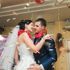 Wedding photographer Yuliya Amurskaya (1111UE1111). Photo of 15.12.2014