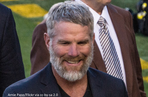 Brett Favre reveals what Aaron Rodgers told him in text message