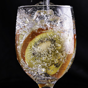 kiwi n bubbles....! by Ismed  Hasibuan  - Food & Drink Fruits & Vegetables ( water, foods, kiwi, fruits, pouring, glass, bubbles )