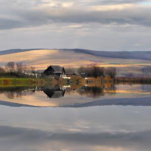 reflection water lake _daliana pacuraru photography.jpg