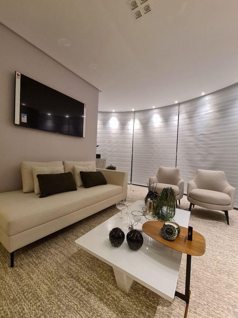 Apartamento no Edifício Elegance Tower com 3 dormitórios à venda por R$ 2.650.000 – Centro – Balneário Camboriú/SC
