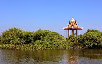 Photo: Temppeli järvellä - tänne pääsee vain veneellä