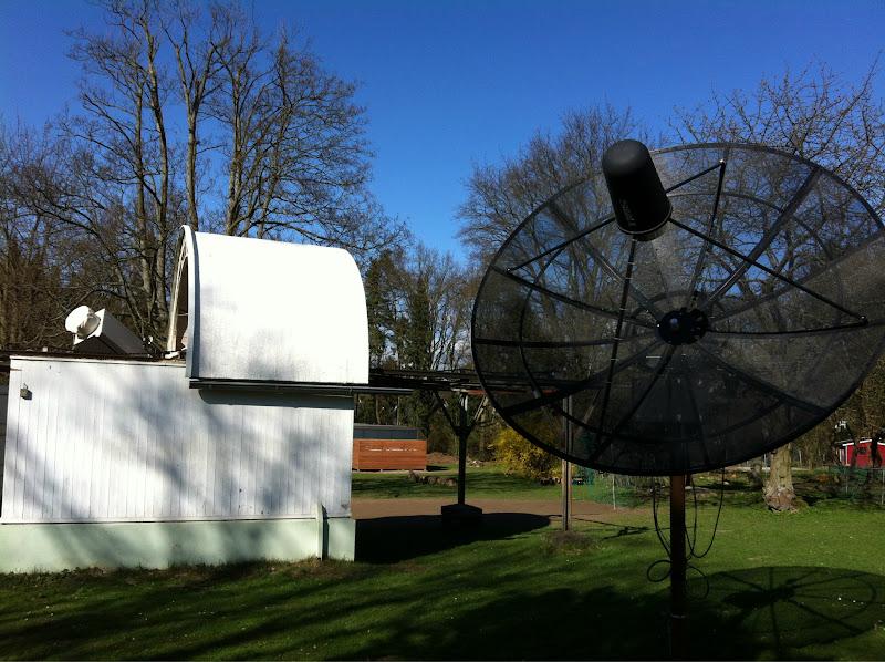 Photo: Kleines, neues Radioteleskop.