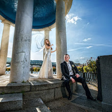 Wedding photographer Vitaliy Kryukov (krjukovit). Photo of 17.02.2014