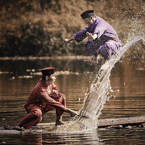 Duel-Image™ by Lucky E. Santoso - People Fine Art