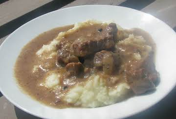 Dutch Beef and Onion Stew (Hachée)