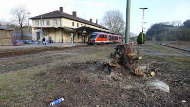 Photo: Grube/Fricke/Kefers Bahnhof Schwäbisch Hall / Bahnsteig 1 von Bahnsteig 2 aus