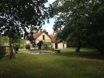 maison à Ousse-Suzan (40)