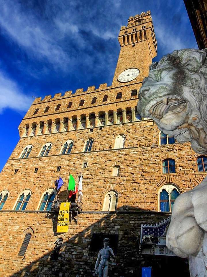 Dintorni di Palazzo Vecchio dal basso di marvig51
