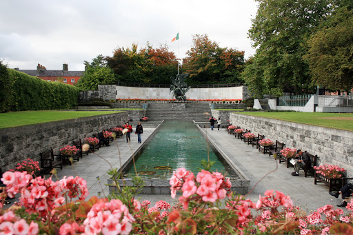 attractions-1-dublin-garden-of-remembrance