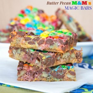 Butter Pecan M&M's Magic Bars
