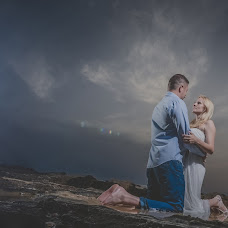 Wedding photographer Victor Vertsner (vicspot). Photo of 18.11.2014