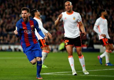 Malgré les insultes, le FC Barcelone soutient Messi