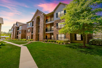 Go to Highland Pointe Apartments of Maumelle website