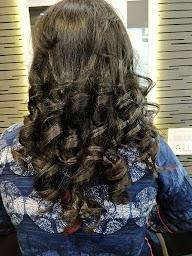 Esvee Hair Studio photo 2