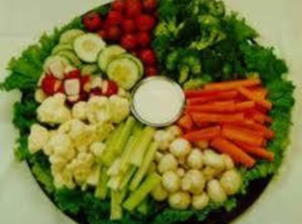 Beginner's Veggie Tray And Ranch Dip Recipe