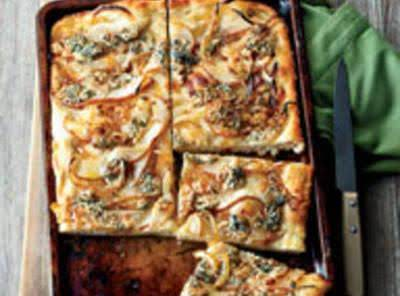 Focaccia W/caramelized Onions, Pear & Blue Chee Recipe