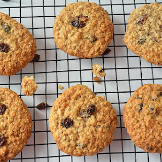 Eggless Oatmeal - Raisin Cookies