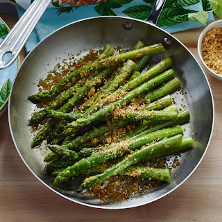 Pan-Roasted Asparagus with Garlic and Lemon Zest