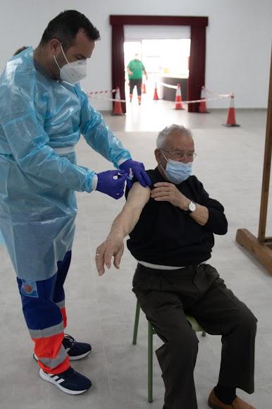Antonio Alfonso, uno de los primeros albojenses vacunados.