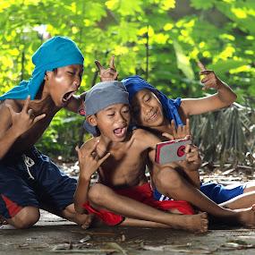 headbanger by Deny Satria - Babies & Children Children Candids ( village, indonesia, children, traditional )