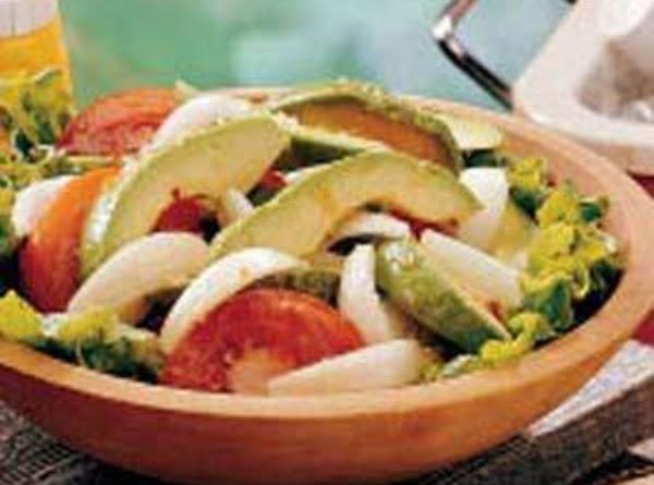 Tomatoe Avocado Salad Recipe