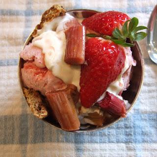 Strawberry Ice Cream Sundae Recipes.