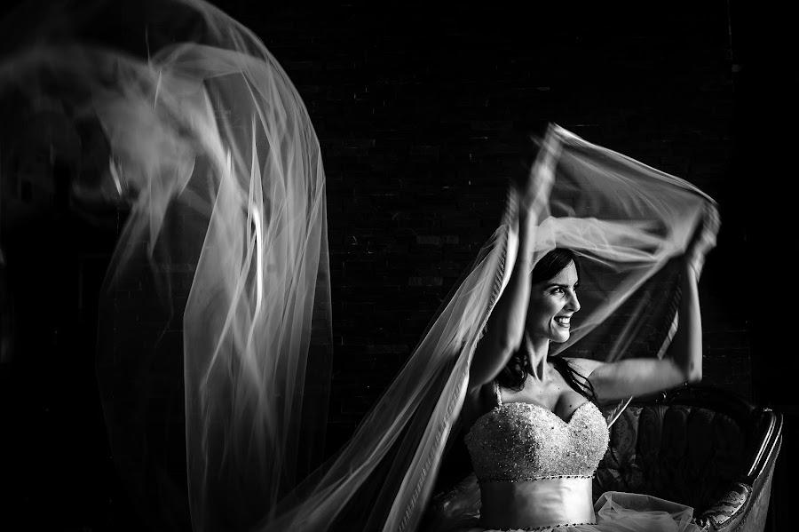 Wedding photographer Massimiliano Magliacca (Magliacca). Photo of 04.09.2019